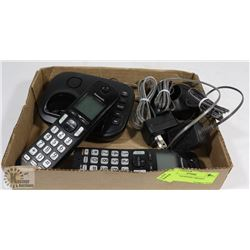 SET OF 2 PANASONIC PHONES