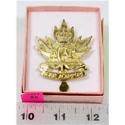 CANADIAN MILITARY HAT BADGE