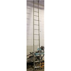 APPROX 16 FT SINGLE LADDER
