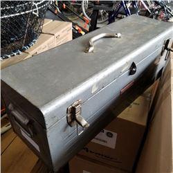 GREY TOOL BOX W/ ACETALENE SET