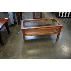 COFFEE TABLE LIFT TOP DISPLAY CASE