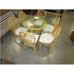 GLASS TOP ROUND RATTAN PATIO TABLE AND 6 CHAIRS