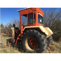 Case 930 2WD Tractor, historical piece, not running