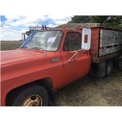 GMC 3500 Grain Truck, Standard, 855 Cummins