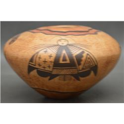 HOPI INDIAN POTTERY SEED JAR (NAMOKI)