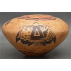HOPI INDIAN POTTERY SEED JAR (NAMOKI)