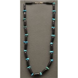 SINGLE STRAND BEAD AND TURQUOISE NECKLACE
