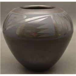 SAN ILDEFONSO INDIAN POTTERY JAR (HELEN GUTIERREZ)