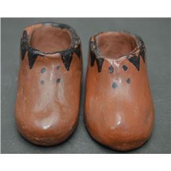 MARICOPA INDIAN POTTERY SHOES
