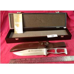 Puma New In Box German Expedition Knife