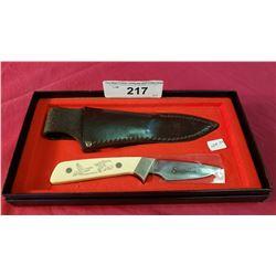 Schrade Schrimshaw Knife In Box