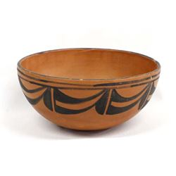 Vintage Santo Domingo Pottery Bowl