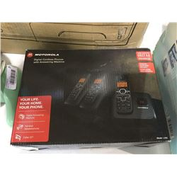 Motorola Digital Cordless Phone and Answering Machine System