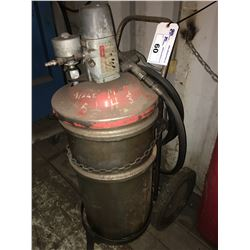 HYDRAULIC OIL DISPENSER