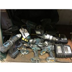 LARGE GROUP OF MAKITA CORDLESS DRILLS & DRIVERS