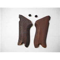 WOODEN PISTOL GRIPS FOR GERMAN P08 LUGER