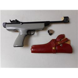 GECADO MODEL 6 AIR PISTOL WITH TRIGGER LOCK & LEATHER HOLSTER