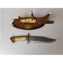 DECORATIVE BOWIE KNIFE WITH STAND