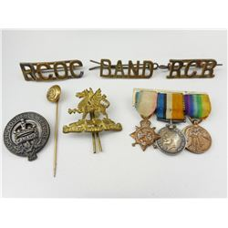 WWI/II CANADIAN BADGES AND MEDAL