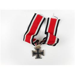WWII GERMAN KNIGHT'S CROSS WITH RIBBON