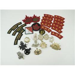 ASSORTED BRITISH /COMMONWEALTH CAP BADGES, CLOTH BADGES & SHOULDER TITLES