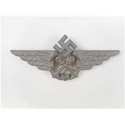 WWII GERMAN KRIEGSMARINE/LUFTWAFFE CAP BADGE