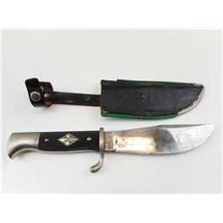 POST WAR BOY SCOUT TYPE SKINNING KNIFE WITH SHEATH