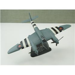 METAL MODEL AIRPLANE: DE HAVILLAND MOSQUITO FBVI