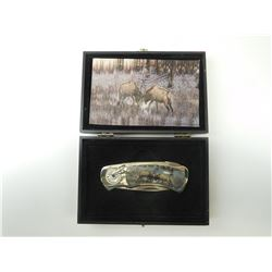COLLECTABLE FIGHTING ELF FOLDING KNIFE & BOX
