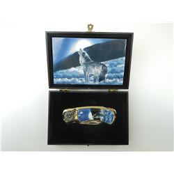 COLLECTABLE HOWLING WOLF FOLDING KNIFE & BOX