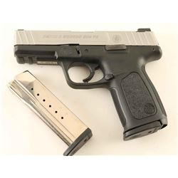 Smith & Wesson SD9 VE 9mm SN: FYB7507