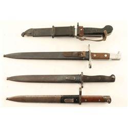 Lot of 4 Bayonets