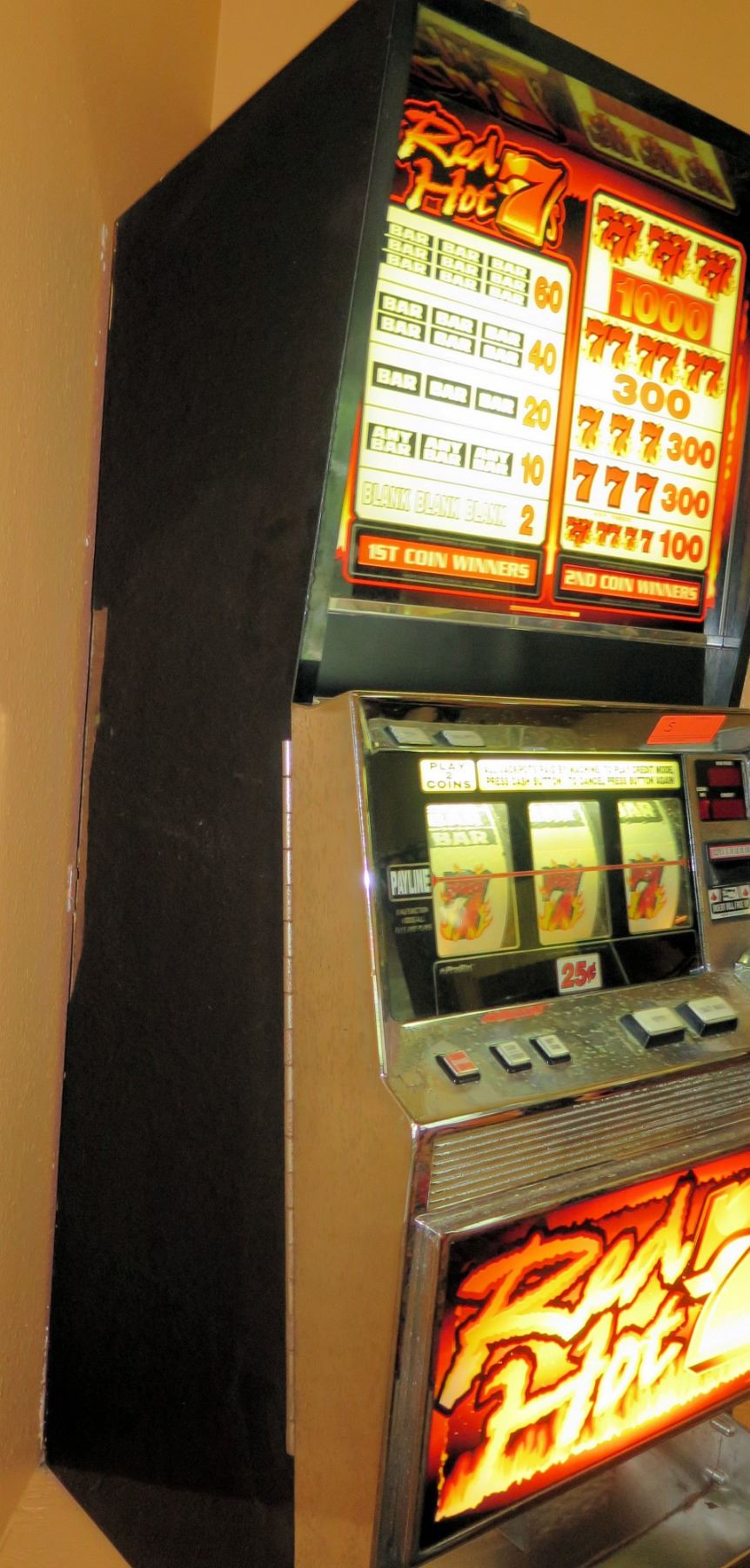 Triple red hot 7 slot machine for sale