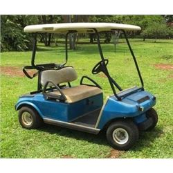 Club Car Electric Golf Cart w/ Solar Panel on Roof (Runs, Drives - See Video)