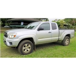 2013 Toyota Tacoma Pre Runner SR5 Pickup Truck, 110871 Miles (Runs & Drives - See Video)