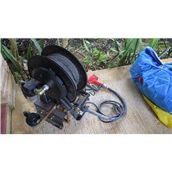 English 12V-DC Non-Commercial Fuel Pump w/ Hose & Nozzle