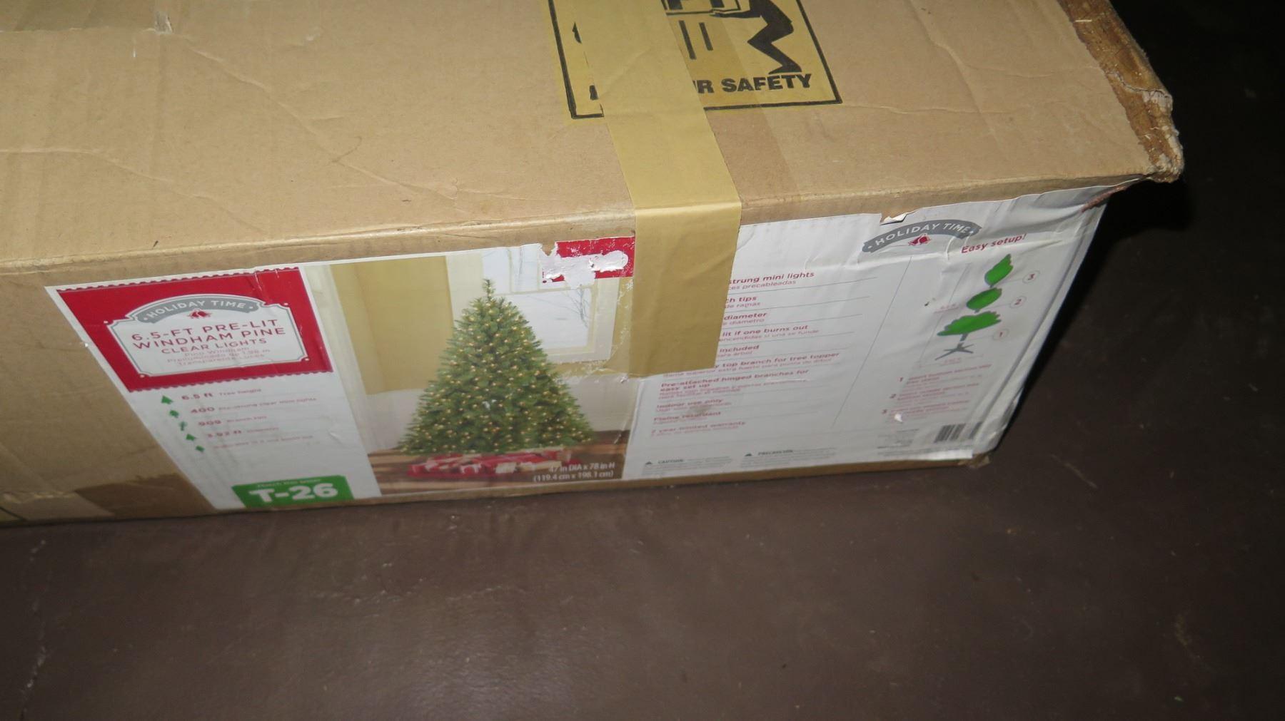 Holiday Time Christmas Tree.Holiday Time 6 5 Prelit Windham Pine Artificial Christmas