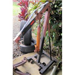 Engine hoist & extra hydraulic ram ( missing legs )