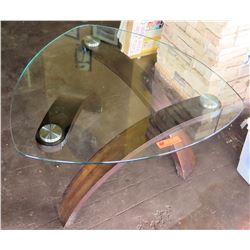 Abstract Design Triangle Design Glass Top Coffee Table
