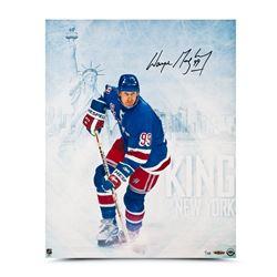 """Wayne Gretzky Signed """"King of New York"""" 16x20 Limited Edition Photo (UDA COA)"""