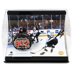 "Wayne Gretzky Signed LE ""802nd Goal"" 5x6x10 Hockey Puck Curve Display (UDA COA)"