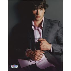 Tom Welling Signed 8x10 Photo (PSA COA)
