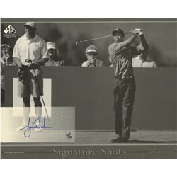 2005 SP Signature Shots Black-White 8 x 10 #3 Tiger Woods Tee White Shirt