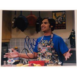 "Kunal Nayyar Signed ""The Big Bang Theory"" 8x10 Photo (PSA COA)"
