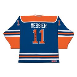 Mark Messier Signed Edmonton Oilers Alternate Captain Jersey (UDA COA)