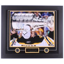 Tim Thomas Signed Bruins 2011 Stanley Cup Champions 23.5x27.5 Custom Framed Photo Display (Thomas Ho