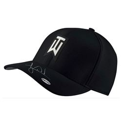 Tiger Woods Signed Nike Aerobill Black Golf Cap (UDA COA)