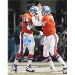 "Terrell Davis Signed Denver Broncos 16x20 Photo Inscribed ""HOF 17"" (Radtke COA)"