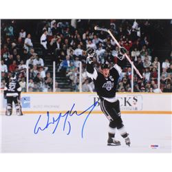 Wayne Gretzky Signed Los Angeles Kings 11x14 Photo (PSA Hologram)