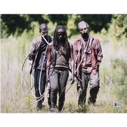 "Danai Gurira Signed ""The Walking Dead"" 11x14 Photo (Beckett COA)"